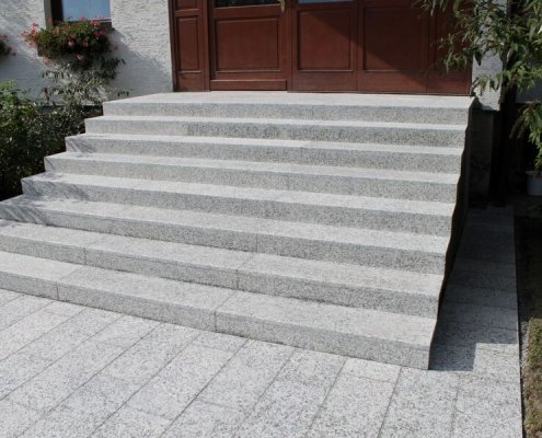 Steinstufen Granit Bianco Sardo